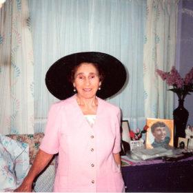 Nonna-lavender-room